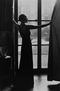man-ray-hattie-carnegie-in-a-vionette-dress